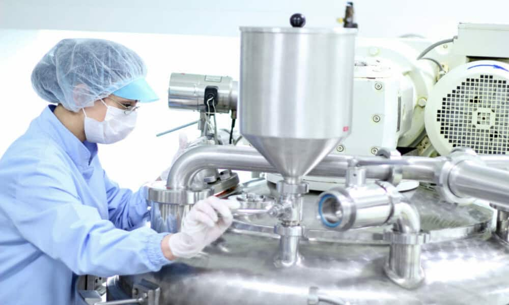 Cleanroom Technology – a look into one of Australia's only cleanroom for sterile labels